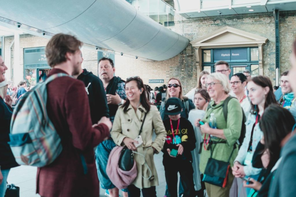 guided walking tour of london
